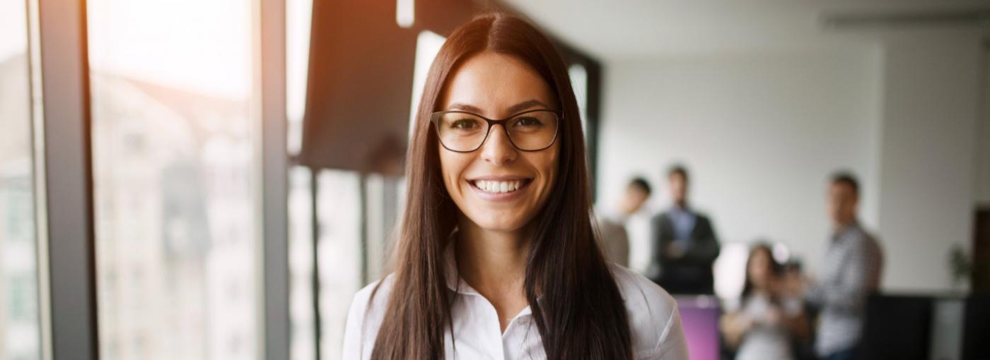 Mujeres en puestos directivos generan mejores resultados