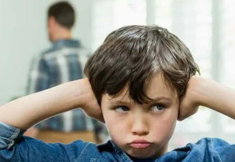 La relación tóxica de los padres afecta a los hijos